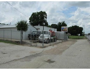1602 MARKET ST.  State Hwy 6, Hearne, TX 77859 photo